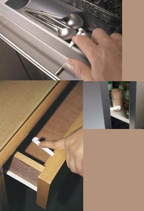 reer safety latch for drawers and cabinet doors 2014 - Imagen grande
