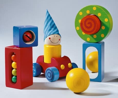 Haba First blocks - Each of the six building blocks is particularly and invites you to discover.