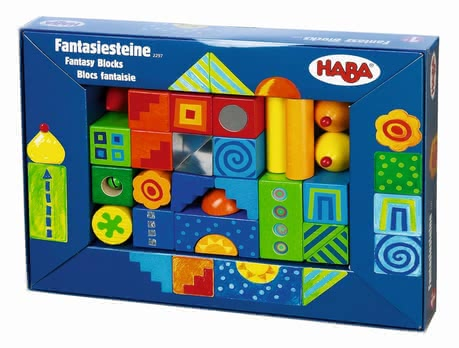 Haba Fantasy building blocks - Small houses, a high tower or a colorful city.