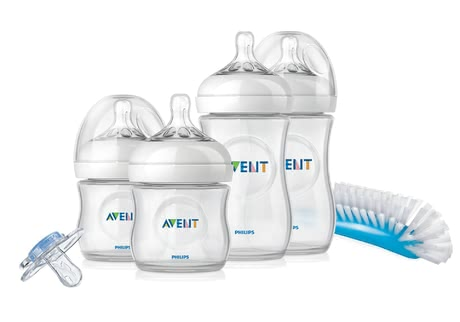 AVENT Newborn starter kit, Close-to-nature - With this great set, you have everything you need for your little treasure as new parents. The bottles in different sizes, cleaners or the soother.