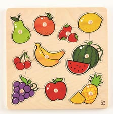 Hape knob puzzle Fruits - The great fruit help your sweetheart to strengthen his memory, as well as to enhance his dexterity and his expressiveness, because each puzzle piece fits...