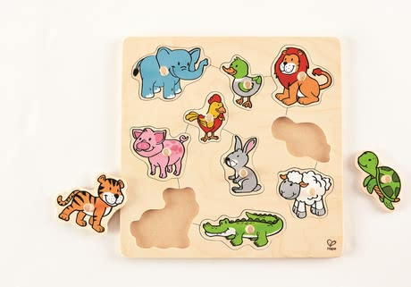 "Hape knob puzzle animals - ""What is the name of this animal and what does it eat?""."