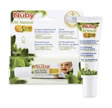 Nuby All Natural Finger toothbrush & toothpaste - A fantastic set - Nuby All Natural finger toothbrush & toothpaste for a gentle cleansing of your little one's first teeth.
