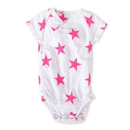 aden + anais kimono body suit - The aden + anais kimono body suit lets you dress your little one without having to pull anything overhead. So is dressing your baby made simple and is fun.