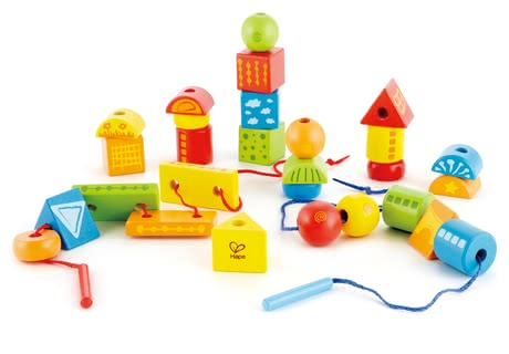 Hape Fädelklötze - Your child will be able to trains his/her skill and dexterity while having a lot fun.