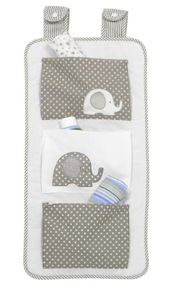 Alvi Organizer Elefant - With two tabs and button fastening at the cot or the playpen is child's play.