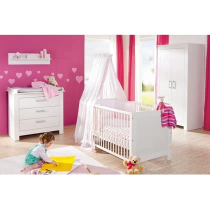 Geuther 3tlg. Kinderzimmer Marlene 2-türiger Schrank  - The nursery furniture set Marlene by Geuther consists of a 2-door wardrobe, a dresser with nursery top with three drawers and a cot.