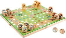Peanuts Ludo – the funny parlour game in a new funny design. - Peanuts will be safely stored in the handy wooden box Ludo sure soon your child's favorite game.