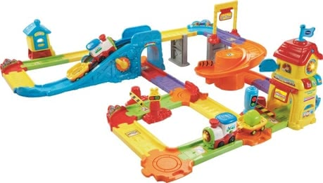 Vtech Tut Tut Züge-Bahnhof - Individual game fun for small engine driver - who does VTech does trains station.