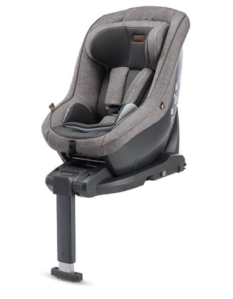 Inglesina兒童安全汽車座椅DARWIN i-Size 包含底座 -  * Easy handling paired with Italian design – that the Inglesina child car seat DARWIN that comes in a practical set with the matching i-size base.